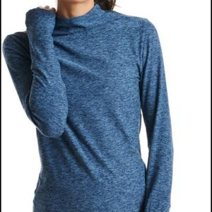 New in package Oiselle lux funnel neck